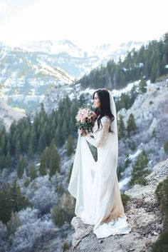 Gorgeous wedding dress with long lace sleeves, perfect for a winter wedding in the mountains!