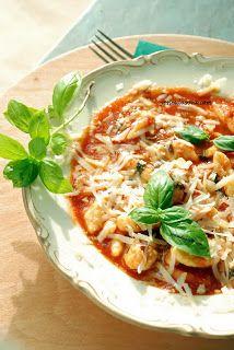 Ricotta dumpling - Pasta with basilikum sauce Delicious taste
