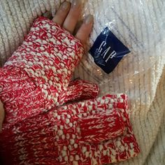 New Gap Red Textured Gloves