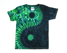 Kids Yin and Yang Tie Dye Shirt / Childs T Shirt / Green and Black /  Sizes XS, S, M, L, XL, Eco-friendly