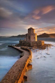 bluepueblo:    Fortress of Methoni, Greece   photo via theworldwelivein