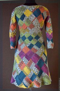 Купить Платье из секционной пряжи в технике энтерлак - комбинированный, абстрактный, вязаное платье, теплое платье
