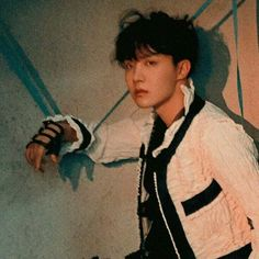 -Sope Texting AU- Where lil' bottom Yoongi somehow gets the godly-looking top Hoseok's number and sends his skeleton memes to him as a token of love. Jung Hoseok, Gwangju, Foto Bts, J Hope Tumblr, Taehyung, Rapper, Bts Love, Bts Polaroid, Min Yoonji