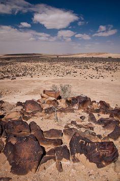 #Israel - Early human traces - rock etchings  Ezuz, Negev Desert