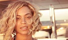 Flawless! Beyonce Goes Without Makeup, Shows Off Wavy Blonde Bob
