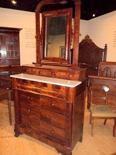 A Thomas Day bureau. Thomas Day Antebellum Free man of color Master Cabinetmaker