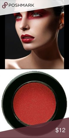 Highly Pigmented Bright Red Eyeshadow New Makeup Eyeshadow