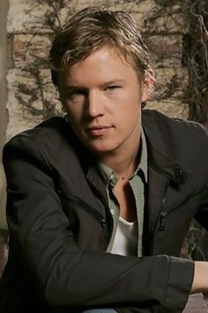 Christopher Egan....from Letters to Juliet