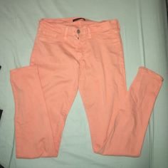 Buckle - coral skinny jeans Super cute skinny jeans! Colored pants are so fun and stylish! Buckle Pants Skinny