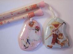 Lápices con detalle ochentero 1980s Childhood, Childhood Memories, Vintage Toys, Retro Vintage, Nostalgia, Sour Candy, Cute School Supplies, Holly Hobbie, Sweet Memories