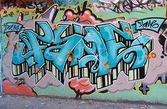 Google Image Result for http://2.bp.blogspot.com/_moDkM2GCEuQ/TOhV4pBZfeI/AAAAAAAAJtI/jiZ8qLrJ5yU/s400/write-my-name-in-graffiti_1.jpg