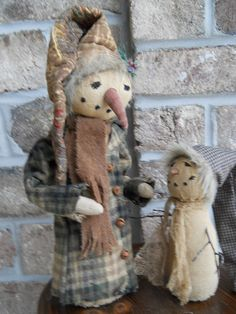 Primitive snowman with little snowman by ArtisticOriginals on Etsy