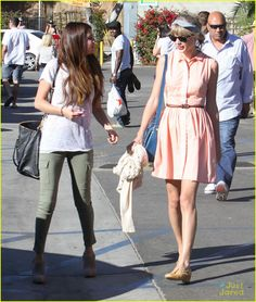 Taylor swift style street  With selena gomez