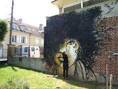 a wall by AliCè: Alice Pasquini
