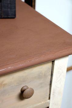 Transformation d'un meuble avec peinture à la craie et transfert d'image - Natacha Créative