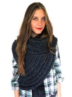 Chunky cheminée asymétrique tricot gilet châle par TwoOfWandsShop