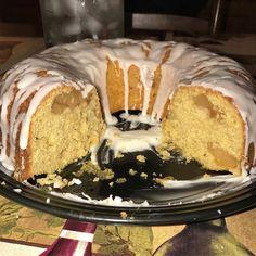 Butter apple bundt take 2  #arancini #riceballs #traditional AND #nonTraditional #homemade #handmade #freshtoOrder #madeWithLove #queens #statenisland #foodie #foodporn #goodeats #nom #italianfood #delicious #truffles #leahsitalianapples #sicilian #deepfried #goldenbrown #notyourNonnas #reinventingRiceballs #supportLocalBusiness #followyourdream #cheesy #eeeeeats #catering #foodilysm #fuckthatsDelicious