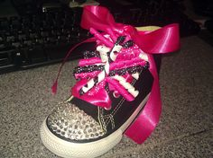 I Blinged these out myself for my Niece! I think they turned out pretty good for mt 1st pair :)