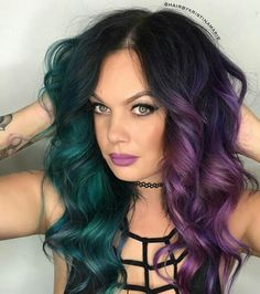 Purple ombre hair is a creative and fun way to get a stunning day-to-day look. Spiking popularity rates, tens of purple hair shades to choose from, and vibrant hair coloring results recommend purple ombre. Purple And Green Hair, Teal Hair, Purple Ombre, Ombre Hair Color, Cool Hair Color, Unique Hair Color, Edgy Hair Colors, White Hair, Split Hair