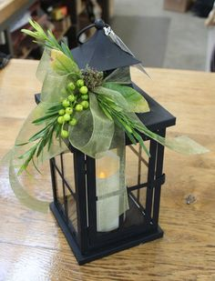 If so, you may be searching for inspiration for your wedding to ensure that it turns out as perfect as possible. There are some great winter wedding reception ideas to consider. These ideas could. Lantern Centerpiece Wedding, Wedding Lanterns, Lanterns Decor, Table Centerpieces, Wedding Decorations, Lanterns With Flowers, Ideas Lanterns, Fall Lanterns, Vintage Centerpieces