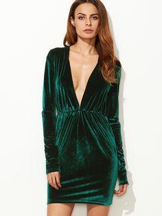 14$  Buy here - http://diez5.justgood.pw/go.php?t=12865 - Dark Green Plunge Neck Elastic Waist Velvet Dress 14$