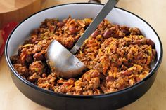 Lower GI - but not in flavour - this dish of lean mince beef and and chilli spices is a one pot wonder. Chefs, Chilli Spice, Chilli Con Carne Recipe, Beef Recipes, Healthy Recipes, Recipies, Healthy Habits, Cholesterol Lowering Foods, Dinner On A Budget