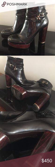 Stella McCartney boots Don't miss it! Precious Stella McCartney boots like a new. I love this boots Stella McCartney Shoes