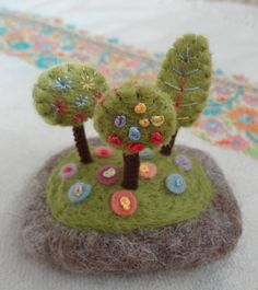 felted spring pebble