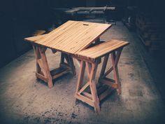 "ESCRITORIO  ""LADAKH"" 100% madera reciclada (inclinable)"