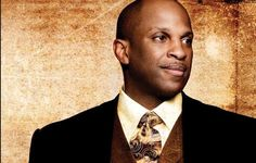 Donnie McClurkin Mourns The Loss Of His Father