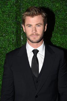 Chris Hemsworth at the Critics' Choice Awards