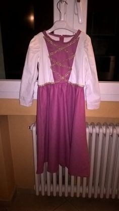 Medieval princess front