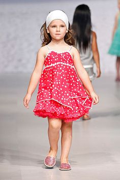 Tendencias 2012: Vestidos de colores para niñas - Foto 4