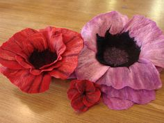 Felt Flowers, Fabric Flowers, Life Form, Seed Pods, Weird And Wonderful, Household Items, Workshop, Throw Pillows, Experiment