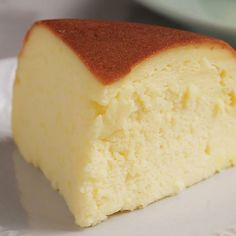 <Rice Cooker Cheese Cake> You can make a cheese cake at home! a fluffy, fun to eat recipe that takes no more than an hour :)