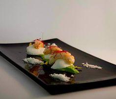 Scampi cotti con Bufala su soffice di zucchine - Prawns with buffalo mozzarella on a cream of zucchini #antinoos #lounge #restaurant #hotelcenturionpalace #venice