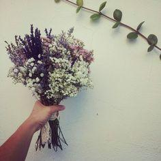 Wedding Centerpieces, Wedding Decorations, Wedding Colors, Wedding Flowers, May Weddings, Bride Bouquets, Dried Flowers, Flower Arrangements, Rustic Wedding