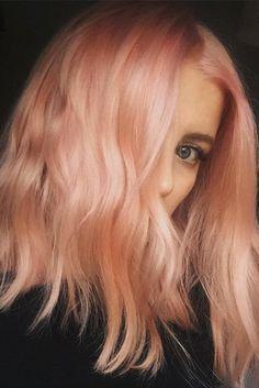 Capelli Rosa 2017: il nuovo colore di tendenza li vuole sunset o peach