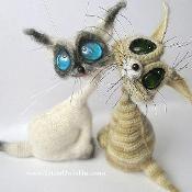 010 Cat Siam Amigurumi toy by Pertseva - via @Craftsy