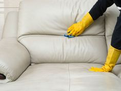 Does your sofa look dull because of dust and stains? Check out these simple tips to discover the best ways to clean your fabric sofa. Urine Cleaner, Clean Couch, Microfiber Sofa, Cat Pee, Cat Urine, Pet Odors, White Sofas, Cleaning Solutions, Cleaning Products