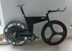 Velox Volcane, a home built carbon and aluminum TT bike by Richard Machin