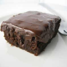 dr pepper chocolate cake (made with 1 can of dr pepper!)