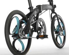 Engenheiro britânico 'reinventa' a roda construindo novo modelo pra lá de interessante. Veja o resultado!