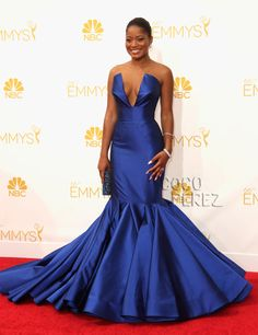 Keke Palmer Channels The Feather Duster From Beauty & The Beast At The Emmy Awards!