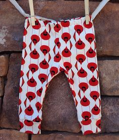 Organic Cardinal Leggings baby leggings by littlenuggetrepublic, $25.00