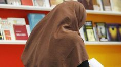 Avrupa Adalet Divanı'ndan başörtüsü yasağına onay - BBC Türkçe