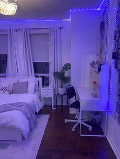 Cute Bedroom Decor, Bedroom Setup, Room Design Bedroom, Bedroom Decor For Teen Girls, Room Ideas Bedroom, Bedroom Styles, Neon Room, Pretty Room, Aesthetic Bedroom
