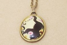 Gliederketten - Bronzekette mit Anhänger Blumenmädchen - ein Designerstück von Mausepelzchen-kreativ bei DaWanda