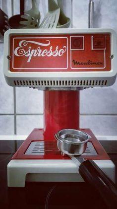 moulinex-type-310  https://www.willhaben.at/iad/kaufen-und-verkaufen/d/neuer-preis-vintage-cafetiere-espresso-maschine-moulinex-type-310-1970-1975-214029460/