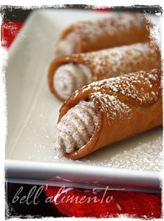 I really want to try these.. canolis